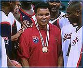 阿里首次参加奥运轻松夺冠
